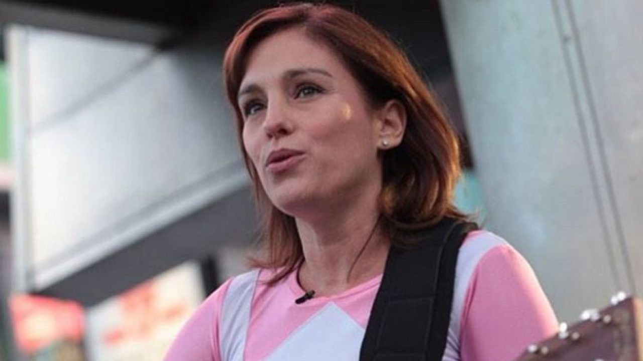 Amy Jo Johnson Sex Video amy jo johnson is open to a role in the power rangers movie