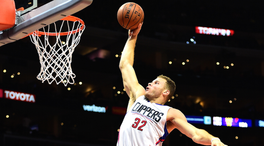 Blake Griffin #32 of the Los Angeles Clippers dunks against the Utah Jazz at Staples Center on November 25, 2015 in Los Angeles, California. (Photo by Harry How/Getty Images)