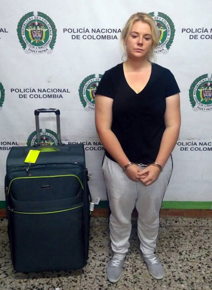 epa05939648 A handout photo made available by the press office of the Colombian Anti-narcotics Police, on 01 May 2017 shows Australian citizen Cassandra Sainsbury during her detention with 5.8 kilos of cocaine at the International Airport the Dorado, in Bogota, Colombia, on 11 April 2017. EPA/Col Anti-narcotics Police / HANDOUT HANDOUT EDITORIAL USE ONLY/NO SALES