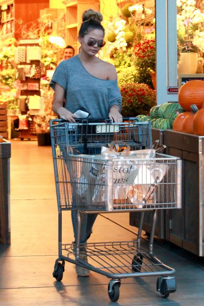 Chrissy Teigen shopping at Bristol Farms in Beverly Hills wearing an off the shoulder topFeaturing: Chrissy TeigenWhere: Los Angeles, California, United StatesWhen: 27 Sep 2015Credit: WENN.com