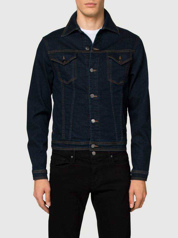 L'Homme Jacket, in Yellowstone