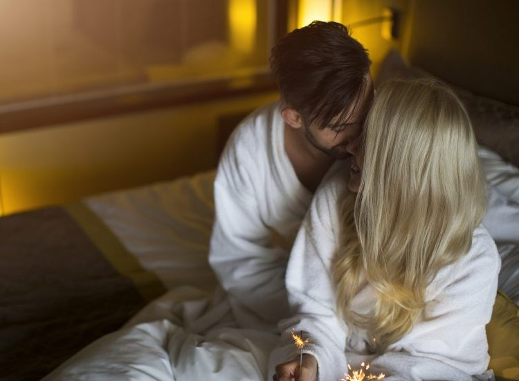 10 Mind-Blowing Reasons Why Hotel Sex Is The Best Sex