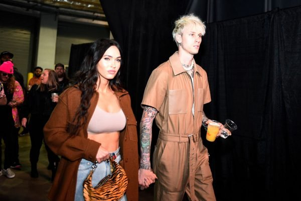 Megan Fox Wraps Her Legs and Lips Around Machine Gun Kelly, Meanwhile We Wrap Our Lips Around Another Cheeseburger