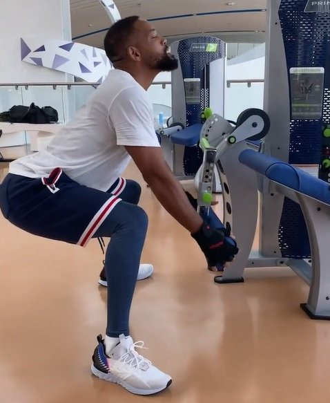 Will Smith Hilariously Reacquaints Himself With the Gym Post-Quarantine in Fresh Instagram Video