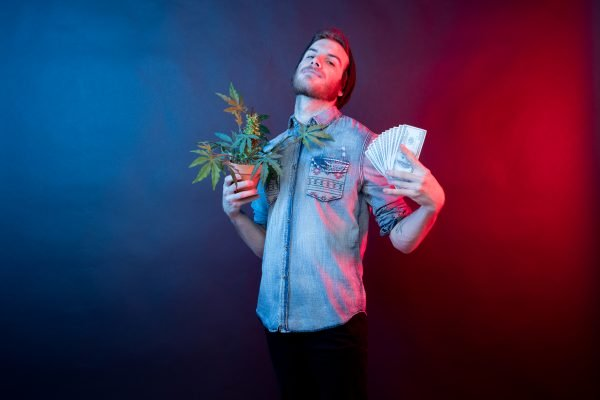 Company Hiring People to Smoke Pot For $3,000 and All the Cool Ranch Doritos You Can Eat ('Weed' Do It For Free)