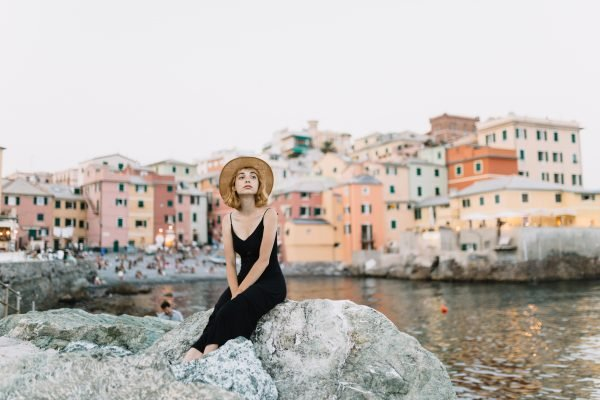 Instagram Influencer Finally Fails to Convince People They're Enjoying Their Travels