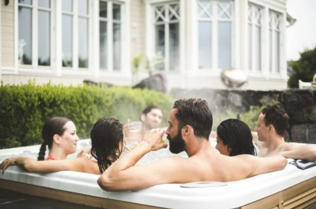 Why You Should Never Get in a Hot Tub, According to Travel Expert Who Clearly Never Got Laid in Hot Tub